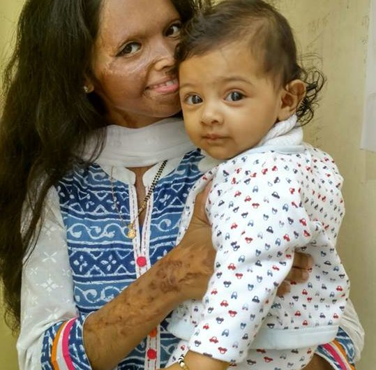 My story- Acid attack fighter Laxmi with her daughter
