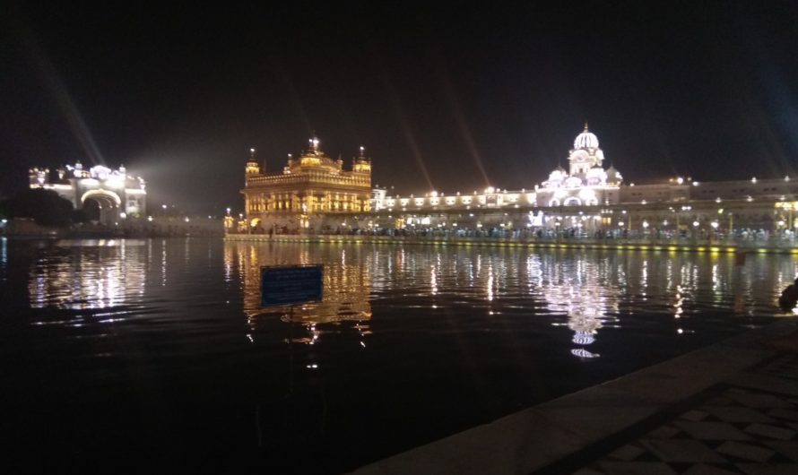 Can a religious destination be a good holiday option? The Golden Temple and its magic